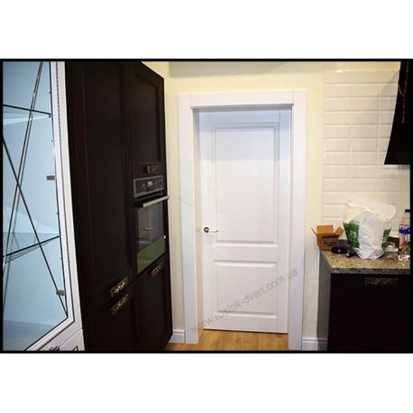 Белые межкомнатные двери из дерева